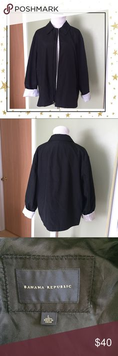 Banana Republic Women Coat (GY23GU8B) Like new condition. See pictures for measurements. Offers welcome. No trade Banana Republic Jackets & Coats Trench Coats