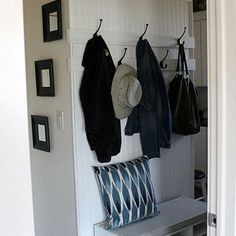 Before and After: A Laundry Room Lightens Up