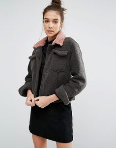 Buy Glamorous Textured Biker Jacket at ASOS. With free delivery and return options (Ts&Cs apply), online shopping has never been so easy. Get the latest trends with ASOS now. Winter Jackets Women, Coats For Women, Clothes For Women, Peau Lainee, Asos, Pink Jacket, Biker Style, Fall Looks, Mannequin