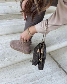 girl   woman   fashionchick   louis pochette   style   shop now   pull and bear   UGG   shopping   nude   taupe   beige Taupe, Beige, Ugg Shoes, Uggs, Shop Now, Fall Winter, Louis Vuitton, Woman, Outfits