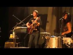 "Jason Mraz: Live from the Artists Den - ""Love Someone"" - YouTube"