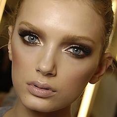 Makeup Tutorial: Get the look  bronze and gold eye makeup