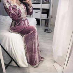 Caftan 2018 Takchita Moderne Pour Femmes Chics - Caftan Marocain de Luxe 2018 : Boutique Vente Caftan Pas Cher