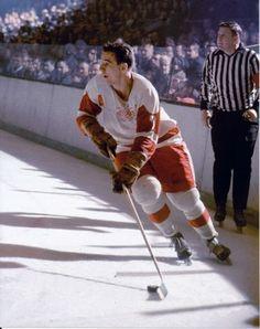 Norm Ullman C - Detroit Maurice Richard, Hockey Rules, Women's Hockey, Soccer, Vancouver Canucks, Ted Lindsay, Sports Fanatics, Wayne Gretzky, National Hockey League