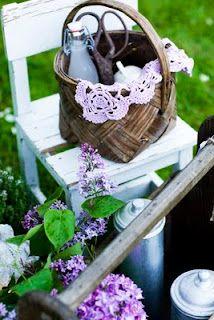 sweet, simple basket