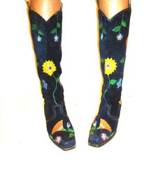 bec4504f6089 60s 70s Bohemian Black Suede Leather Embroidered Knee High Gogo Boots Round  Toe Low Wood Heel Size 7M 37