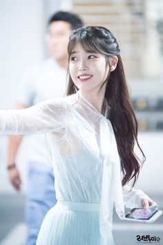 Image about kpop in IU 🌹 by love poem ♡ on We Heart It Korean Beauty, Asian Beauty, Korean Girl, Asian Girl, Eun Ji, Korean Celebrities, Korean Actresses, Korean Singer, Hair Inspo