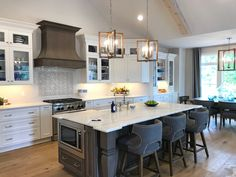Take the tour of a bright and airy Hampton's inspired cottage home. Rustic modern and filled with warm woods, grays, navy and bright whites. Interior Design Kitchen, Best Home Interior Design, Kitchen Designs, Living Room Kitchen, Farmhouse Kitchens, Grey Kitchens, Cottage Kitchens, Cottage Homes, Home Kitchens
