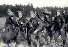 Infantrymen from 291st Infantry Division(Regiment 506) after first days of the Operation Barbarossa.