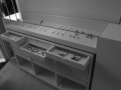 Shop concept - www.gallery-holic.com