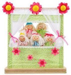 Deze schattige mini poppenkast wordt inclusief 5 lieve prinsessen vingerpopjes geleverd. Uitpakken en spelen maar, ideaal voor uw kleine prinses om thuis verhalen te bedenken en na te spelen.     Afmeting: 29.5cm × 9.5cm × 34cm, geschikt voor kinderen vanaf 2+.