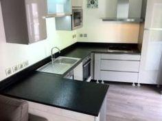 Cozinha em Granito Escuro 4 - www.mogranitos.pt