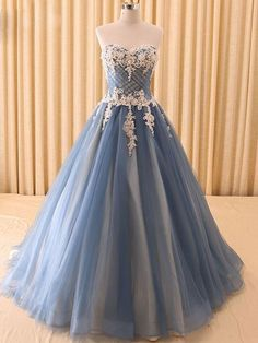 Ball Gown Prom Dresses Sweetheart Floor-length Lace Tulle Beautiful Prom Dress JKL623
