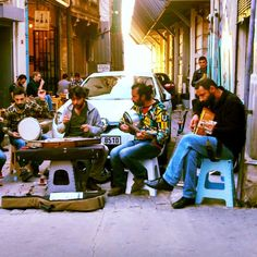 Getting ready for the weekend... Is too soon?? Not for the #Istanbul street musicians! #Turkey #tunel #music #localmusic #art #musicians #localpeople #artist #goodvibes #cool #istagood #travelgram #reallife #simplethings #aroundthecorner #weekend #gettingready #streetart #streetmusic #travel #travelblog #traveltheworld #viajar #viagem #viagensincriveis #blogger #loveandroad loveandroad's photo on Instagram