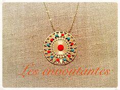 Sautoir inca dans le style artisanal mexicain doré, estampe grande étoile et strass orange et turquoise : Collier par les-envoutantes