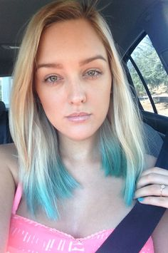 Teal dip dye hair done with kool-aid! Mix 2 cups water with 2 packets of kool aid and boil, transfer to a mug and dip hair for about 10 minutes! So easy! Super cute and super cheap Kool Aid teal hair for summer! tealhair #bluehair #dipdye #koolaidhair