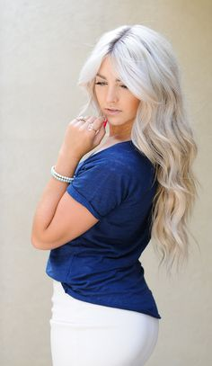 CARA LOREN-love her hair