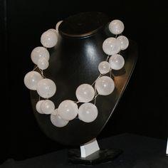 Fragile - Mouth-blown glass beads. Suupuhalletuista lasihelmistä valmistettu kaulakoru. Pearl Necklace, Pearls, Jewelry, Design, Glass, String Of Pearls, Bijoux, Jewlery