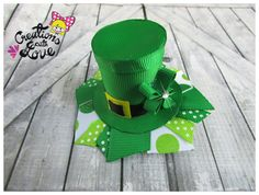 Leprechaun Hat Ribbon Sculpture Hair Clip. St. Patrick's Day Hair Clip