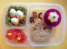 Back To School Ducky Lunch Cute Food, Good Food, Back To School Lunch Ideas, Easy Lunch Boxes, Food Decoration, Proud Mom, Baby Time, Creative Food, Bento