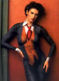 """"""" ~ Demi Moore, body painting by Joanne Gair, photographed by Annie Leibovitz Body Painting Artists, Woman Painting, Body Paintings, Annie Leibovitz, Performance Kunst, Cuerpo Sexy, Demi Moore, Actrices Hollywood, Painted Ladies"""