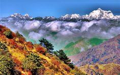 Singalila National Park, West Bengal, Indien, Himalaya, Herbst, Wolken Hintergrundbilder Vorschau