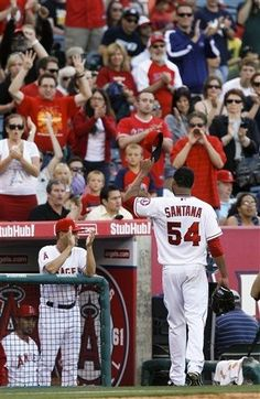 Game #37 5/15/12: Los Angeles Angels starting pitcher Ervin Santana waves as he leaves the baseball game against the Oakland Athletics during the eighth inning in Anaheim, Calif., Tuesday, May 15, 2012. (AP Photo/Chris Carlson)