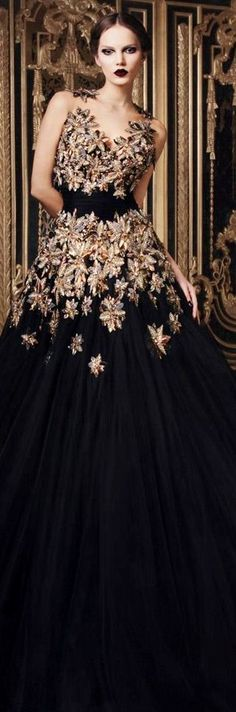 Rami Kadi Second Edition Rami Kadi Haute Couture - hand embroidered black tulle --- A.fabulous backdrop, with glamour featured dresses - very great gatsby like! Style Couture, Couture Fashion, Dress Fashion, Net Fashion, High Fashion, Womens Fashion, Elegant Dresses, Pretty Dresses, Amazing Dresses