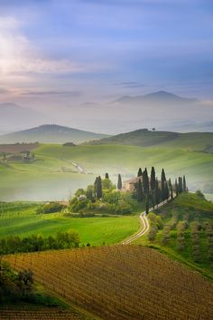 Sunrise over one of the most iconic places in Tuscany, San Quirico, Val d'Orcia, Toscana, Italia