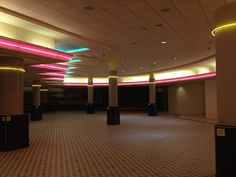 Dealer of Aesthetic Backgrounds - Women's Fashion Im Losing My Mind, Lose My Mind, 80s Aesthetic, Beach Aesthetic, Dead Malls, Am I Dreaming, Weird Dreams, Empty Room, Aesthetic Backgrounds