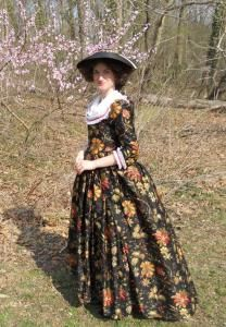 18th century dress in a day