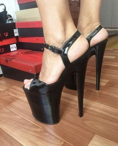 Very High Heels, Hot High Heels, Platform High Heels, High Heels Stilettos, High Heel Boots, Womens High Heels, Stiletto Heels, Girl Soles, Talons Sexy