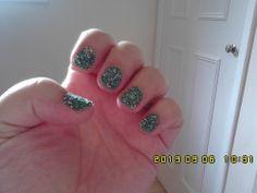Colorama Verde Ninja and green and silver nail caviar (1)