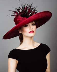 Rachel Trevor Morgan - Fine straw picture hat with red and black arrow feathers. Rachel Trevor Morgan, Fascinator Hats, Fascinators, Headpieces, Kentucky Derby Hats, Stylish Hats, Church Hats, Fancy Hats, Wearing A Hat