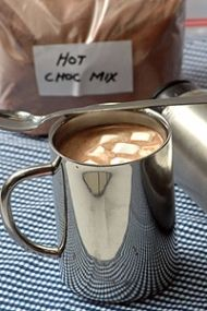 Delightful recipe for Hot Chocolate Mix Bulk Hot Chocolate Mix Recipe, Hot Chocolate Bars, I Love Food, Good Food, Recipe Search, Learn To Cook, Confectionery, Drinks, Beverages