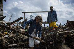 【スライドショー】フィリピン台風被災地の今―がれきの撤去が復興のカギ - WSJ.com