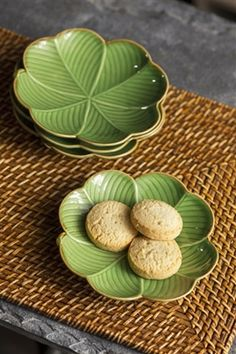 Vagabond Vintage Set of Four Plates with Green Clover Pattern