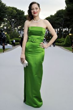Marion Cotillard attends the annual Cannes fundraiser. [Photo: Stéphane Feugère]