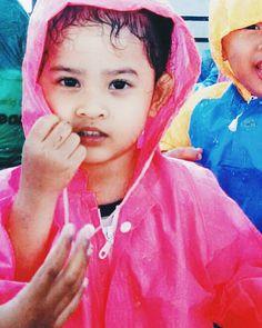 How cute she is!