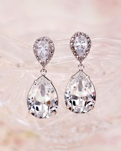 Swarovski Crystal Teardrop Earrings, Bridesmaid earrings, bridal shower gifts, brides earrings, wedding jewelry, www.glitzandlove.com
