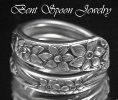 Handmade Recycled Silver Spoon Handle Flower Thumb Ring Spoon Jewelry Gift for Daughter Queen Bess Antique Spoon Rings for Women