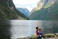 Porque el mundo es de los valientes, aquí va una recopilación de  25 blogs de viajes con niños que no debes perderte http://elpachinko.com/blogs/25-blogs-de-viajes-con-ninos/