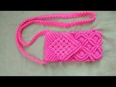 In this easy Macrame Bag tutorial I'll show you How to Make Bag with Easy and Simple B. Macrame Purse, Macrame Art, Micro Macrame, Macrame Projects, Crochet Basket Tutorial, Macrame Tutorial, Pochette Portable, Crochet Pouch, Crochet Bags