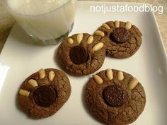 Bear Paws Cookies.  Idea for Forest Theme.