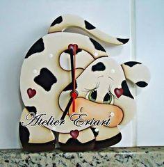 Resultado de imagen para pintura country Farm Crafts, Country Crafts, Wooden Crafts, Diy And Crafts, Cow Craft, Sweet Cow, Wood Craft Patterns, Cow Decor, Country Paintings