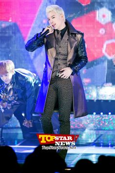 Block B's P.O, 'If you want to be fashionable, be like me' … 2012 AIDS Prevention Campaign Concert [KPOP PHOTO]