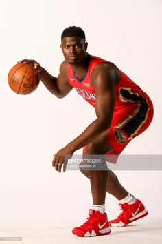Visit Nice Kicks to see every sneaker Zion Williamson wears in the NBA season with the New Orleans Pelicans. High School Football, Football And Basketball, College Basketball, Basketball Players, New Orleans Pelicans, Nba Season, Basketball Leagues, League Gaming, Nike Kyrie