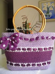 It is a website for handmade creations,with free patterns for croshet and knitting , in many techniques & designs. Bag Crochet, Crochet World, Crochet Handbags, Crochet Purses, Crochet Stitches, Crochet Patterns, Kids Bags, Knitted Bags, Crochet Accessories