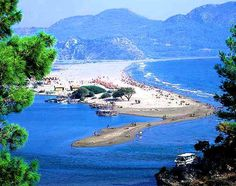 Turtle Beach Dalyan Turkey - an unspoilt corner of heaven with no water sports or noise - just miles of sand and ocean.