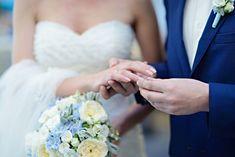 Realizzare Un Libretto Per Il Matrimonio Bello E Coinvolgente Per Gli Invitati E Fondamentale Un Libretto Per La Chiesa Libretto Matrimonio Matrimonio Modelle